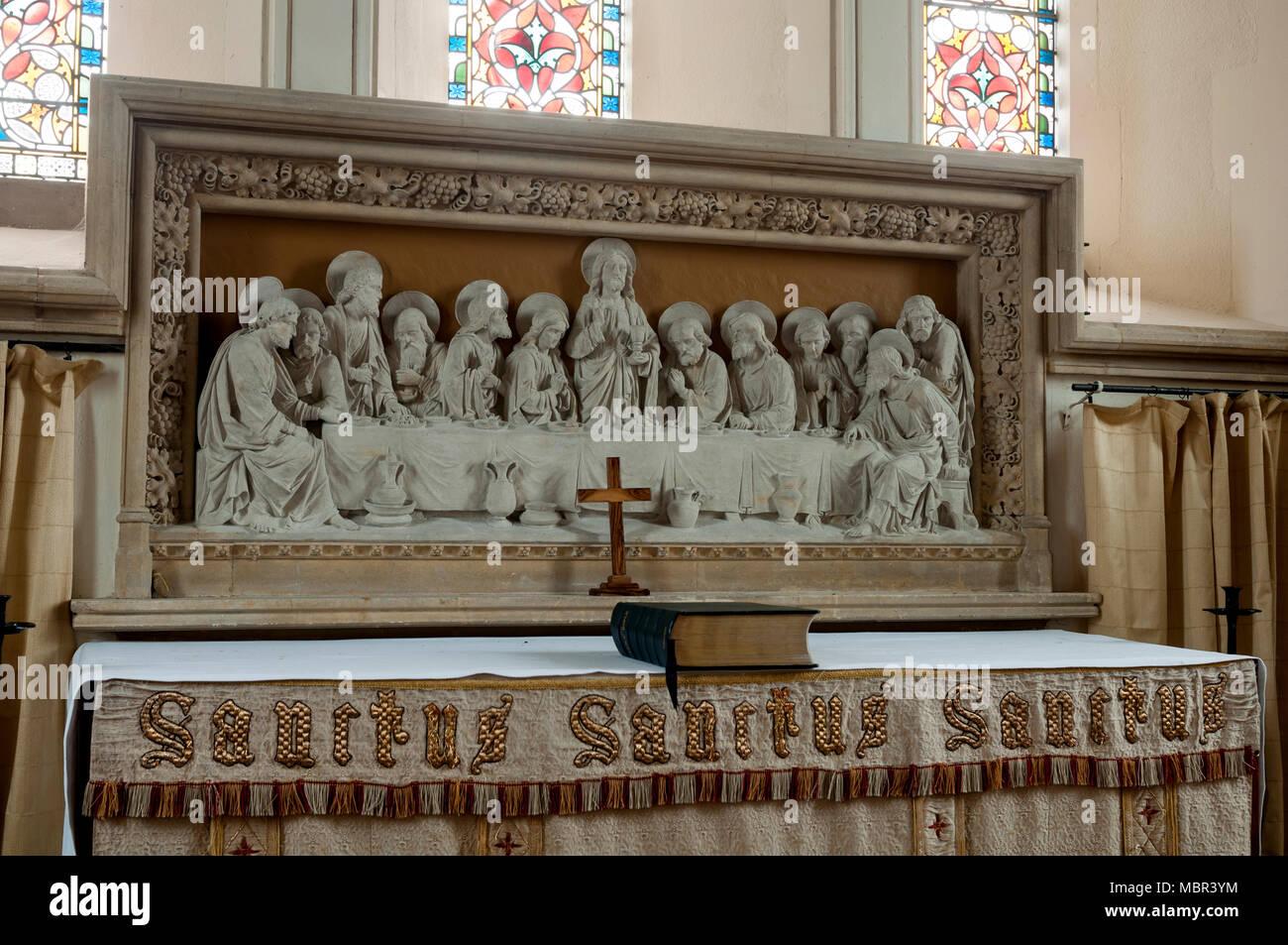Last Supper reredos and altar, St. Mary the Virgin Church, Marsh Gibbon, Buckinghamshire, England, UK Stock Photo
