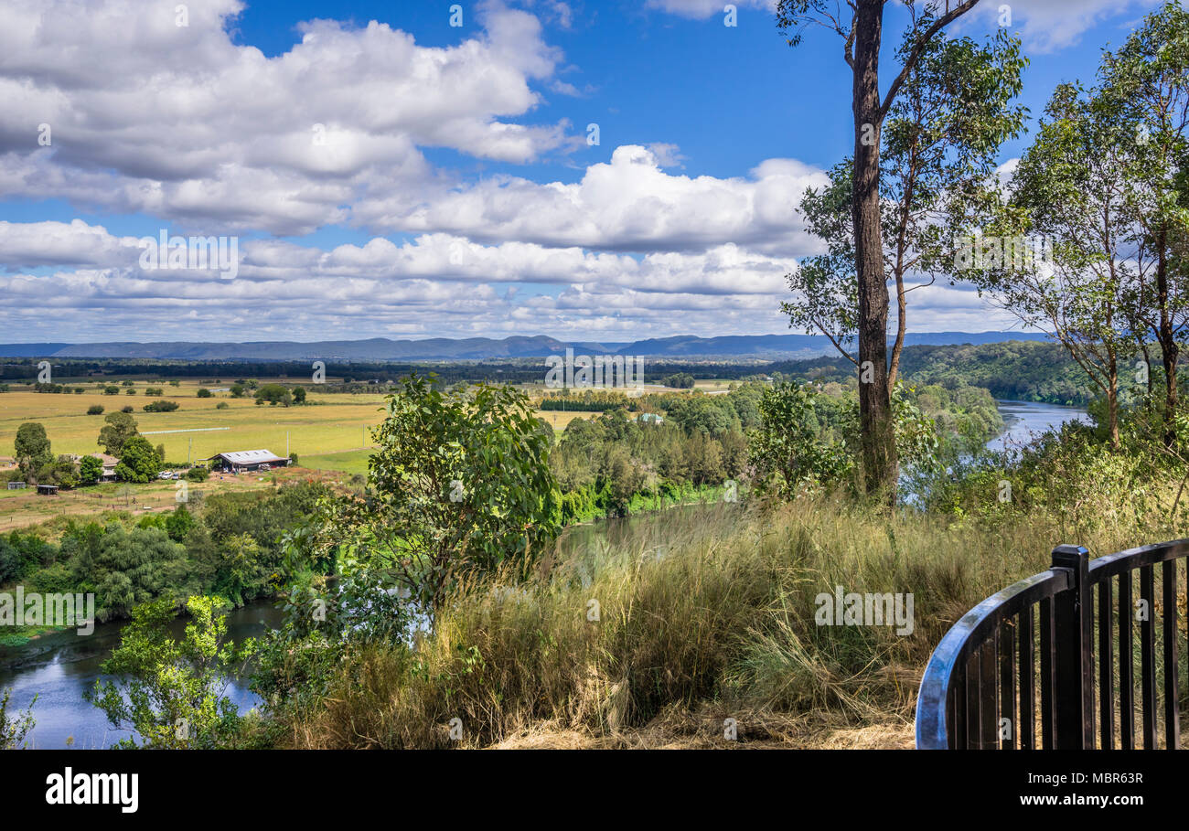 Streeton Lookout, named after the Australian impressionist painter Sir Arthur Streeton, overlooking the Hawkesbury River and the pastoral lands of the - Stock Image