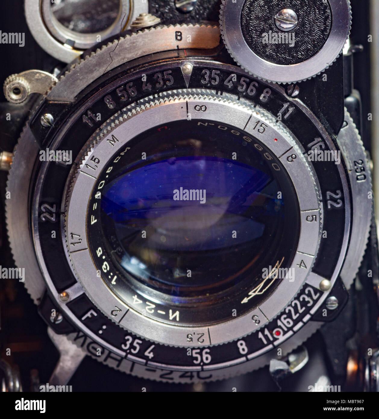 Closseup of vintage folding bellows film camera. UK - Stock Image