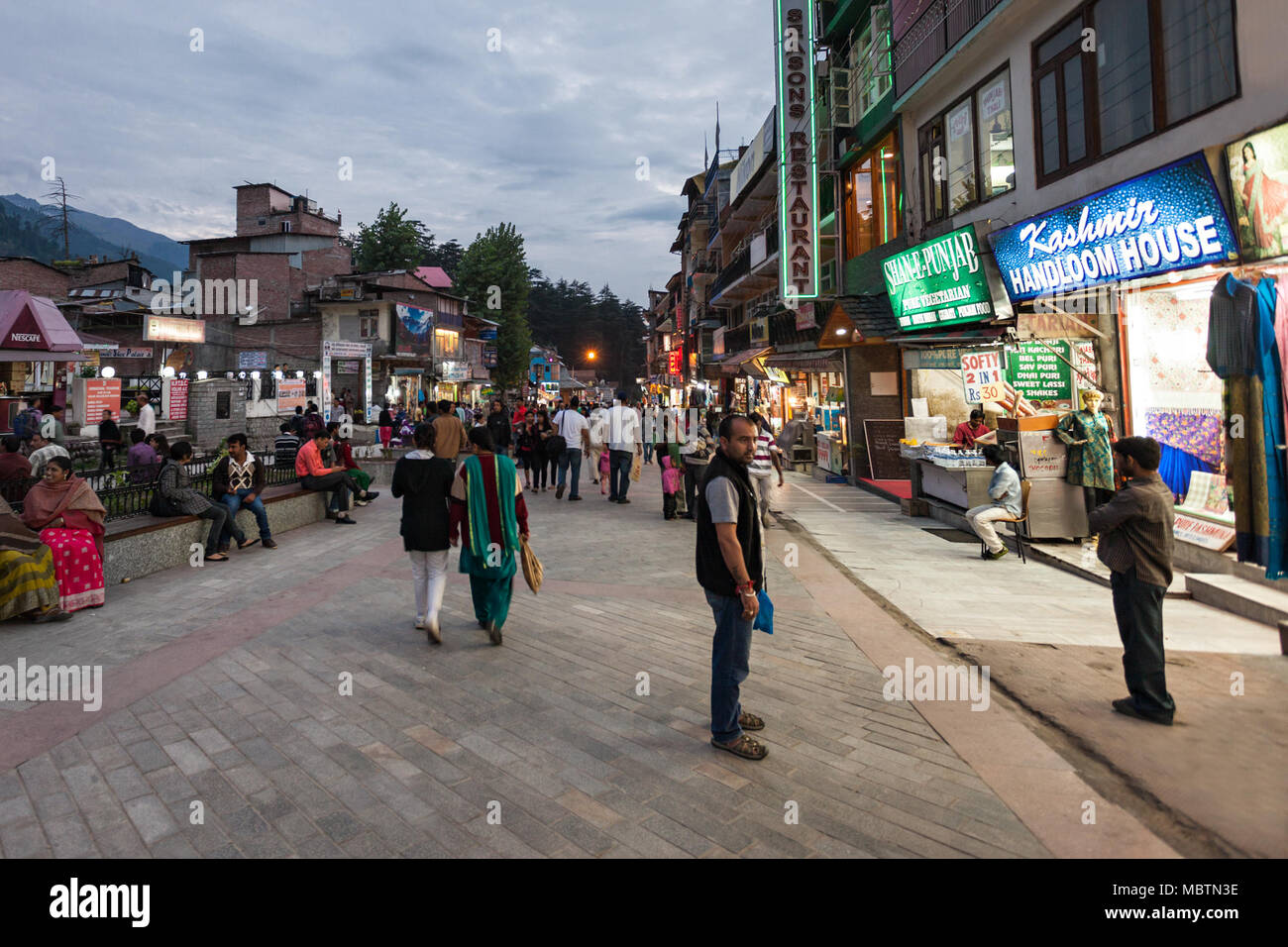 MANALI, INDIA - SEPTEMBER 21: Mall Street is a main street in Manali on September 21, 2013, Manali, India. Manali is a very popular hill station in In Stock Photo