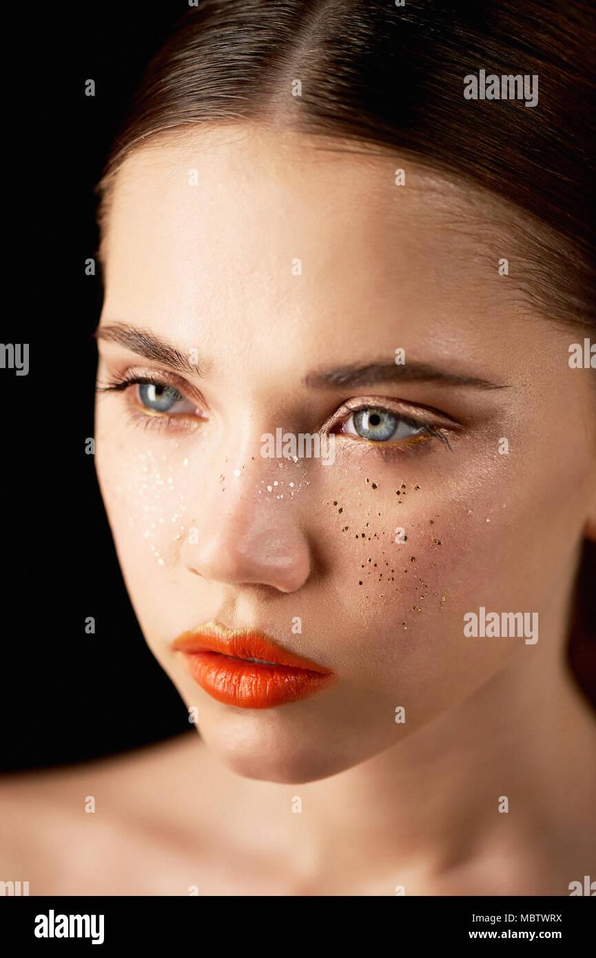 Beauty Recipe: Bright OrangeLips