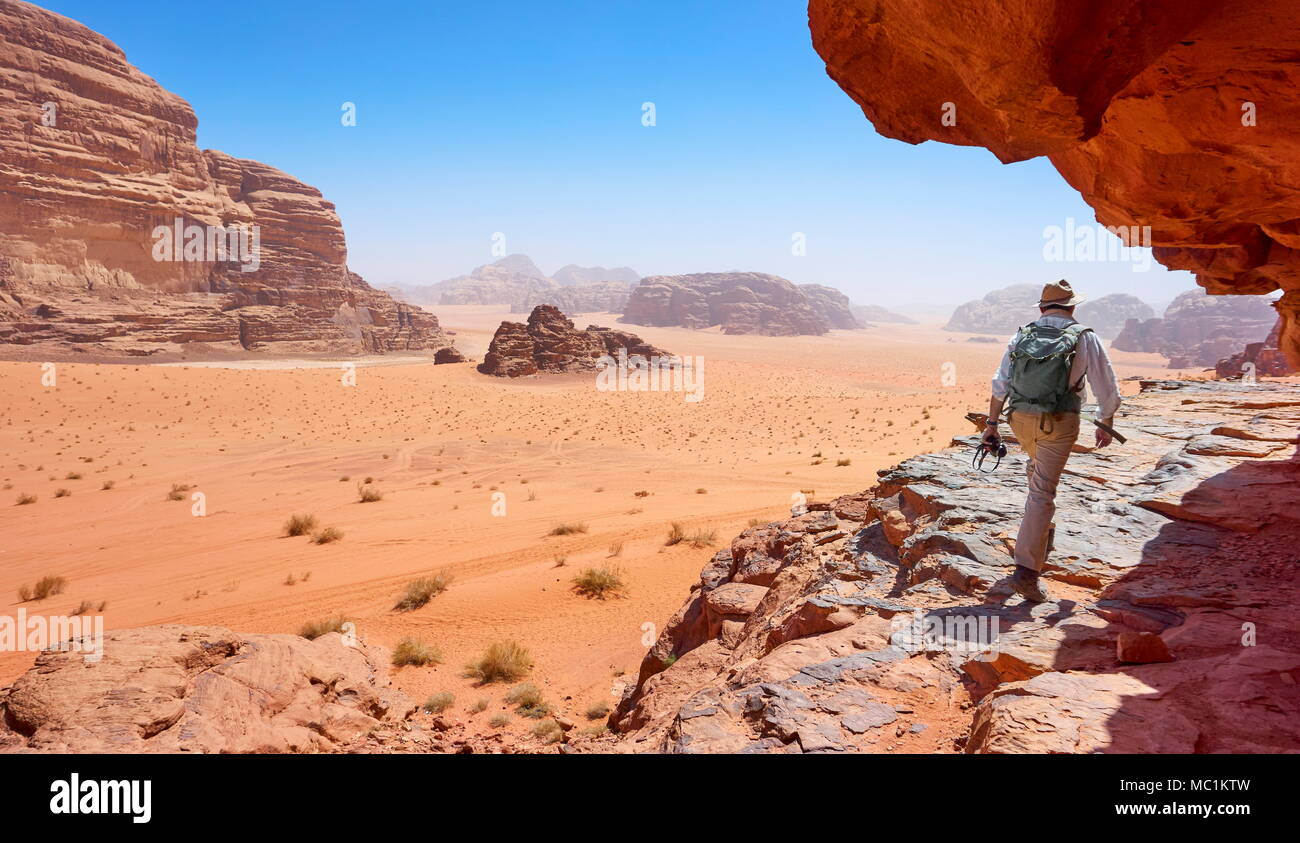 Tourists in the Wadi Rum Desert, Jordan - Stock Image