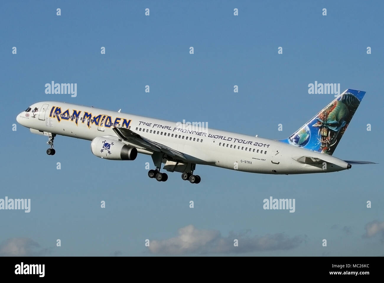 iron maiden tour plane stock photos & iron maiden tour plane stock