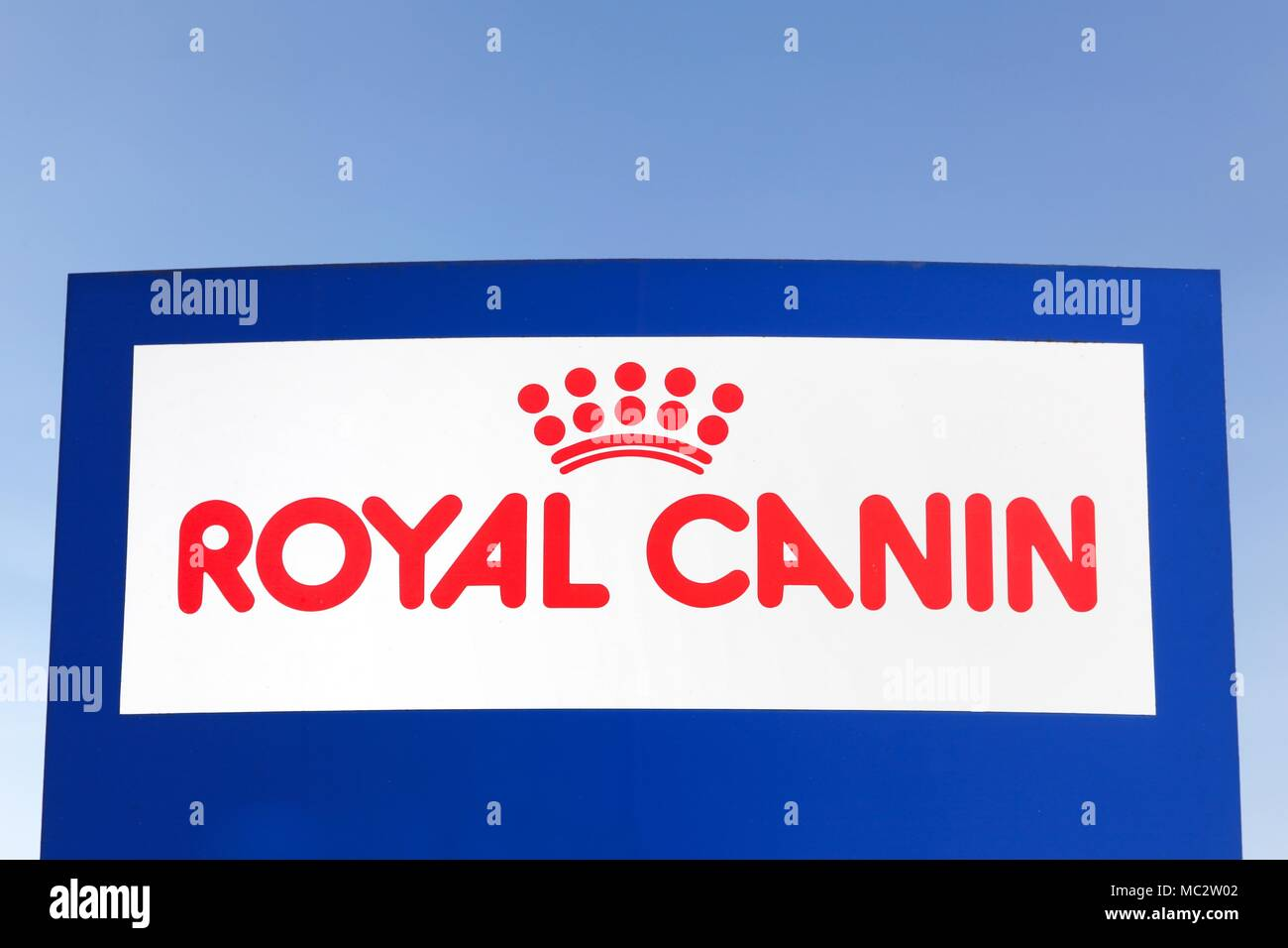 Royal Canin Stock Photos & Royal Canin Stock Images - Alamy