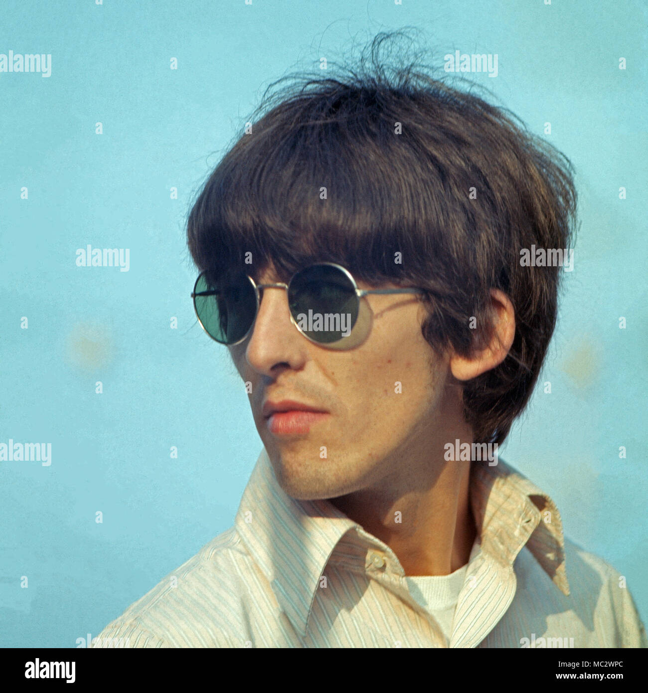 Beatle George Harrison zu Besuch in Monte Carlo, Monaco 1966. Beatle George Harrison visiting Monte Carlo, Monaco 1966. Stock Photo