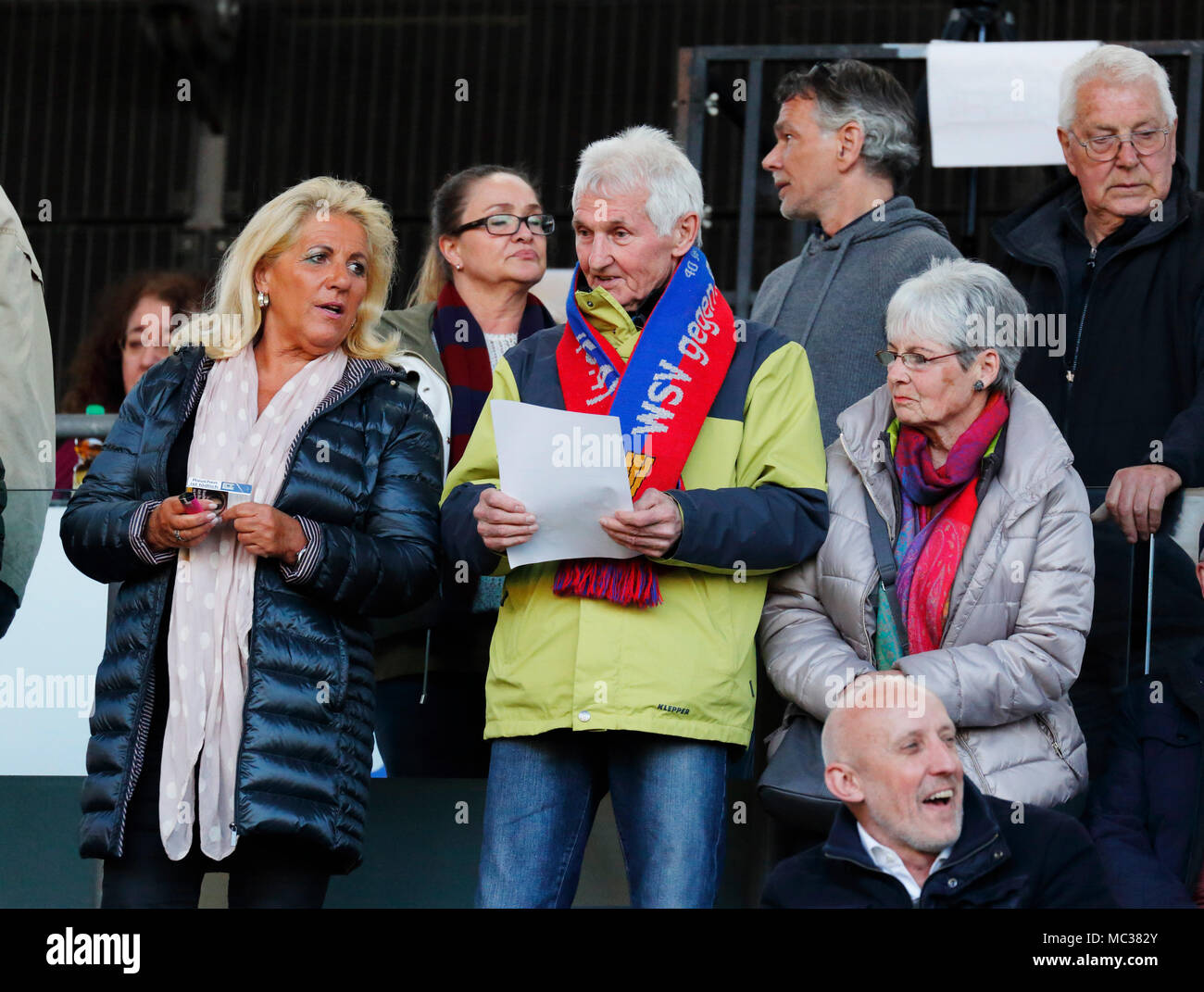 sports, football, Regional League West, 2017/2018, Wuppertaler SV vs Rot Weiss Essen 3:1, Guenter Proepper (3.f.l.) on the stand, former professional player off Wuppertaler SV - Stock Image