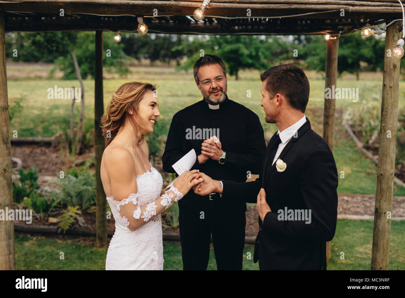 Wedding oath of the bride and groom 6