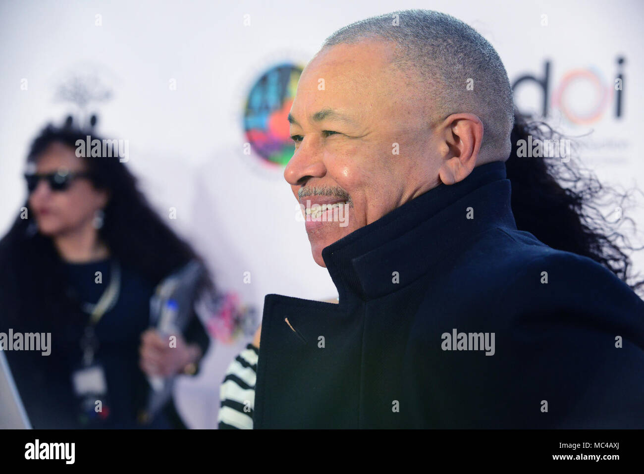 Los Angeles, CA, USA. 12th Apr, 2018. Musician - RALPJ JOHNSON, orginal member of Earth, Wind, and Fire, on the red carpet at The We Are One Benefit Concert for The Arts, supporting music and art in Los Angeles Unified School District, The Dorothy Chandler Pavillion, Los Angeles, California, USA, April 12, 2018. The first Annual benefit concert for arts education for the LAUSD.Credit Image cr Scott Mitchell/ZUMA Press Credit: Scott Mitchell/ZUMA Wire/Alamy Live News - Stock Image