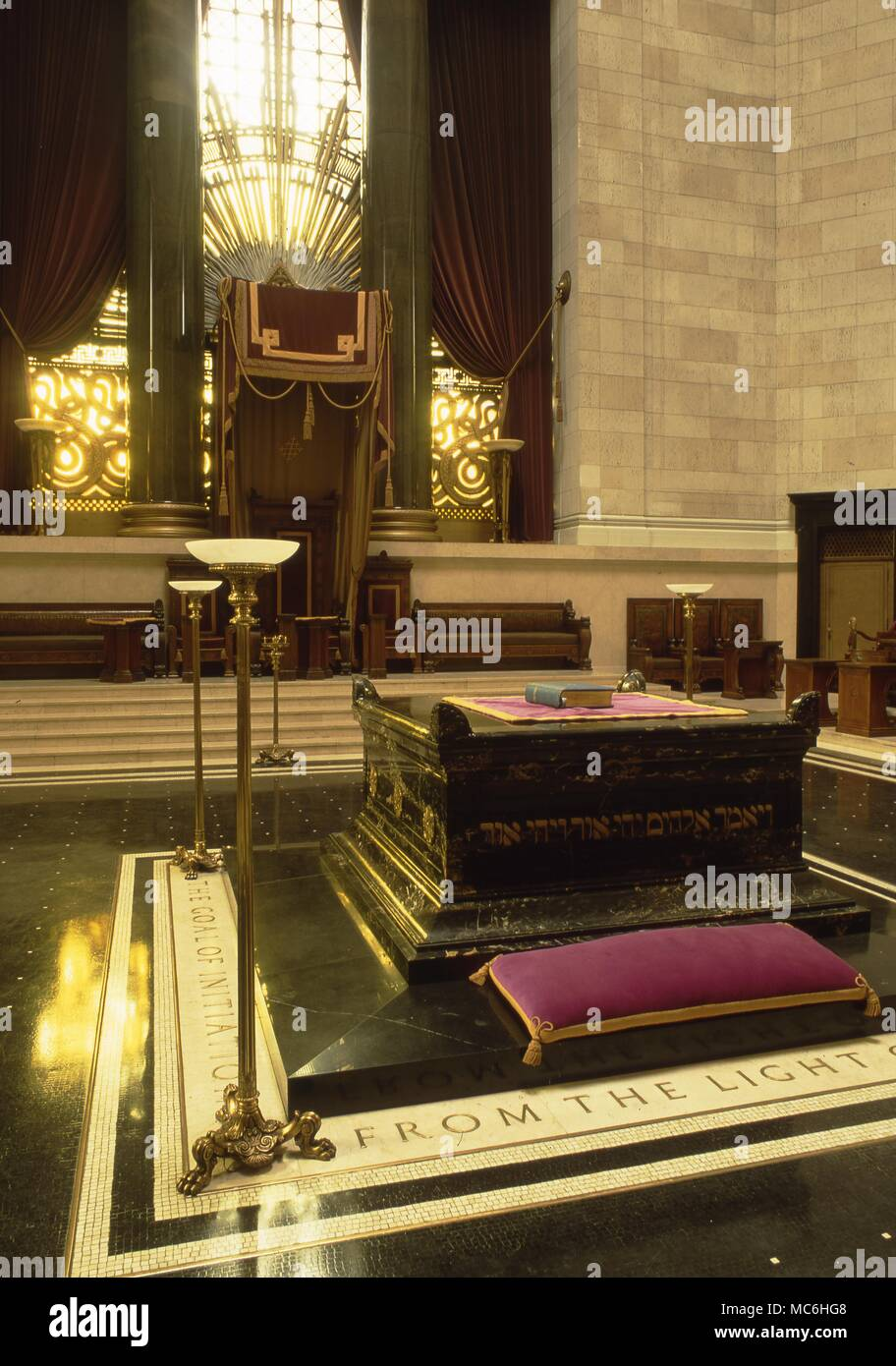 Masonic Altar Stock Photos & Masonic Altar Stock Images - Alamy