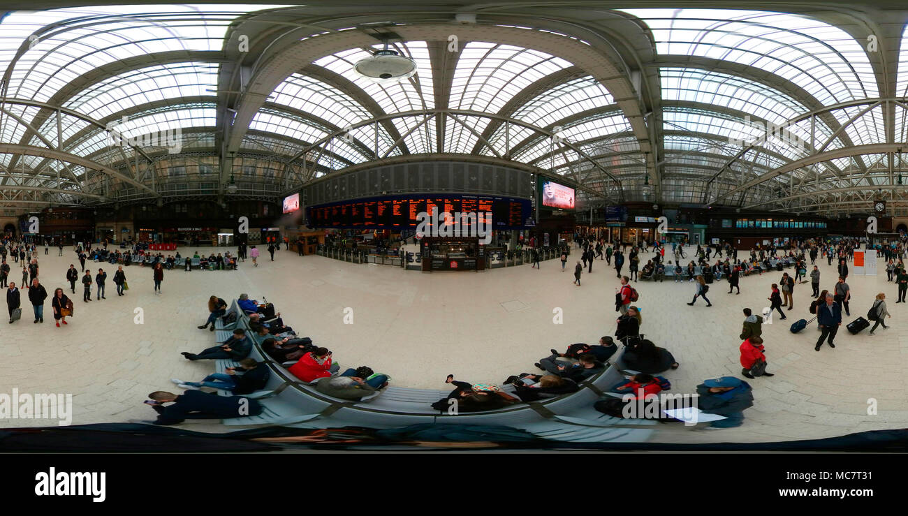 360 x 180 grad Panorama: Central Station, Glasgow, Schottland/ Scotland. - Stock Image