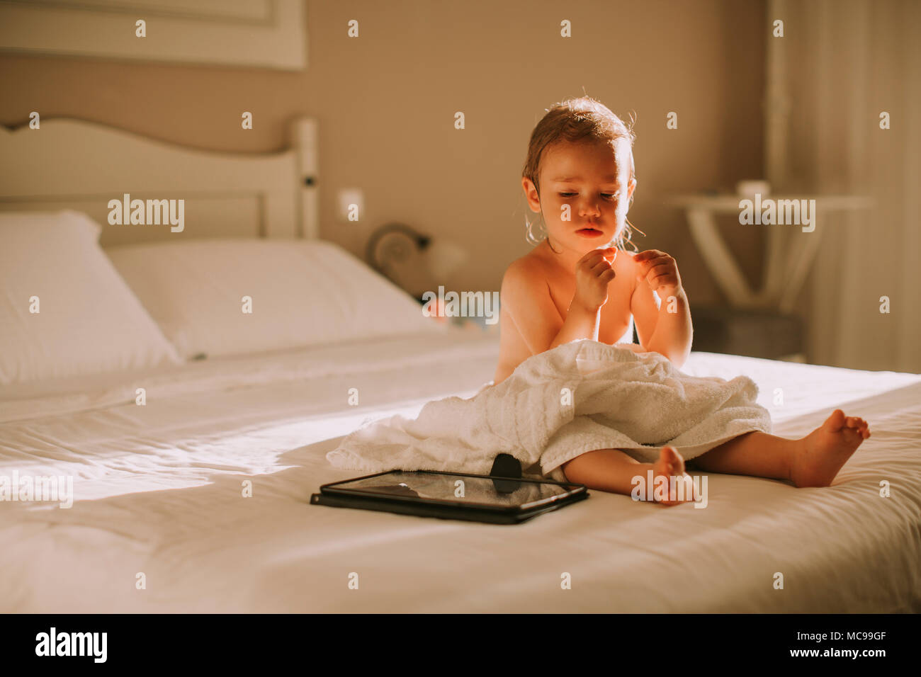 Hair Wash Bed Stock Photos & Hair Wash Bed Stock Images - Alamy