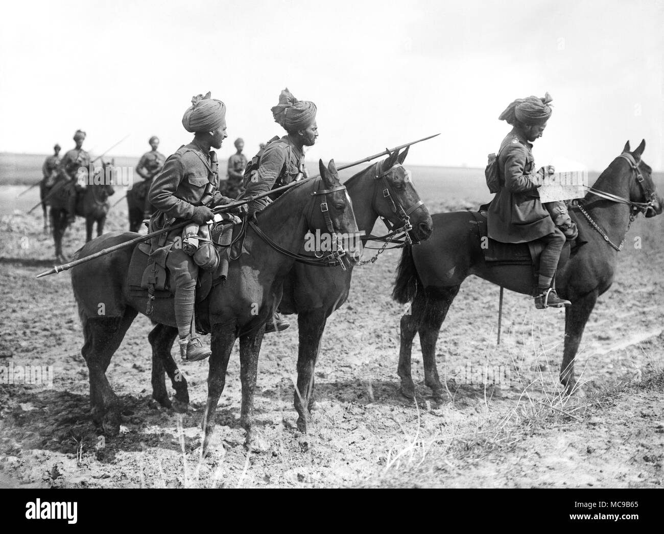Forward scouts of the 9th Hodson's Horse, an Indian cavalry regiment, near Vraignes, France during World War One - Stock Image