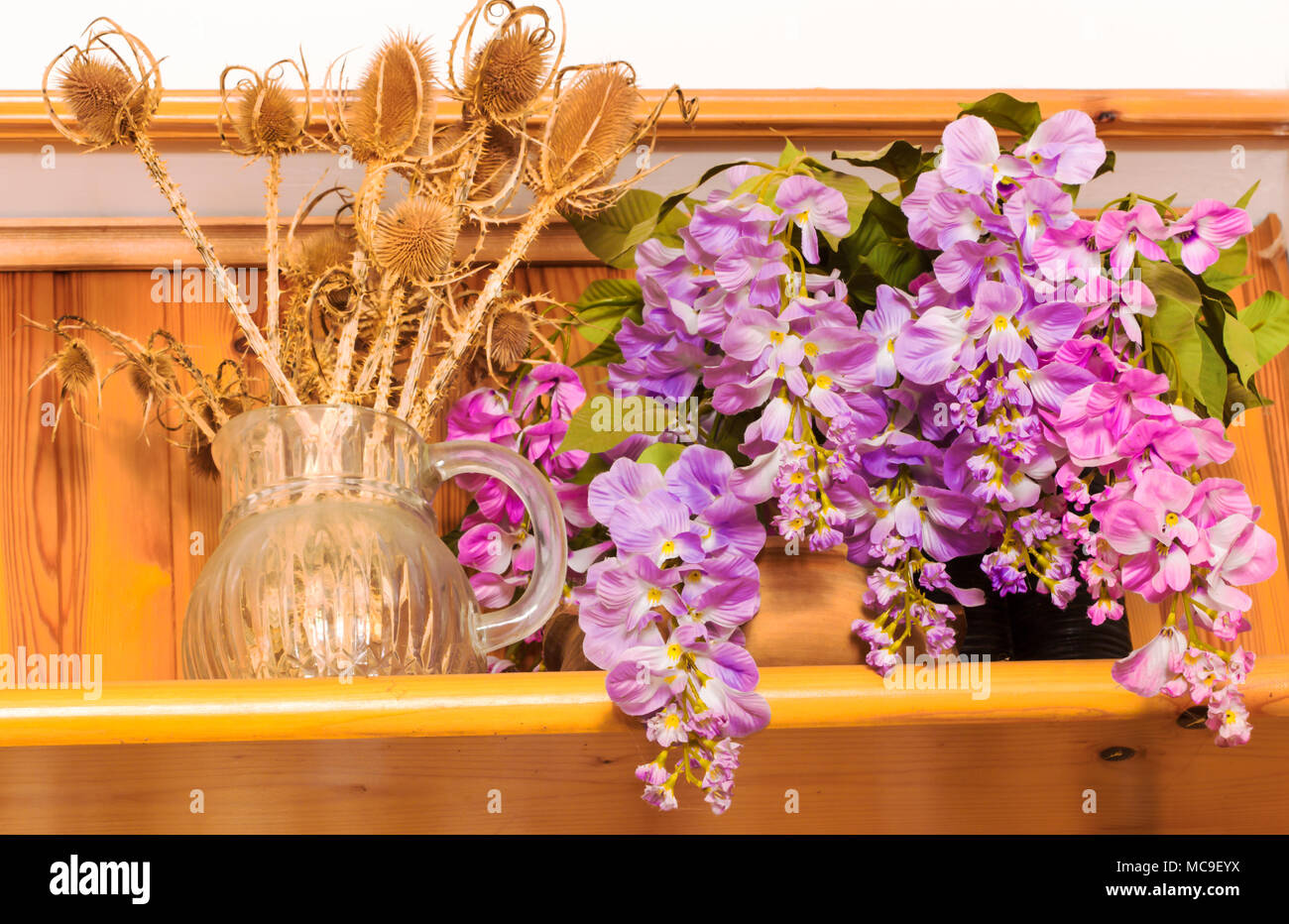 Bouquet of dried flowers in vase on wood background,Flower in vase ...