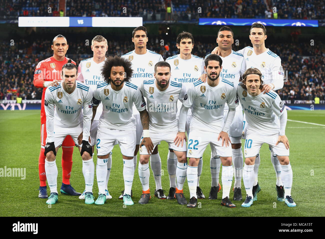 e532702d7 Real Madrid team group line-up (Real)