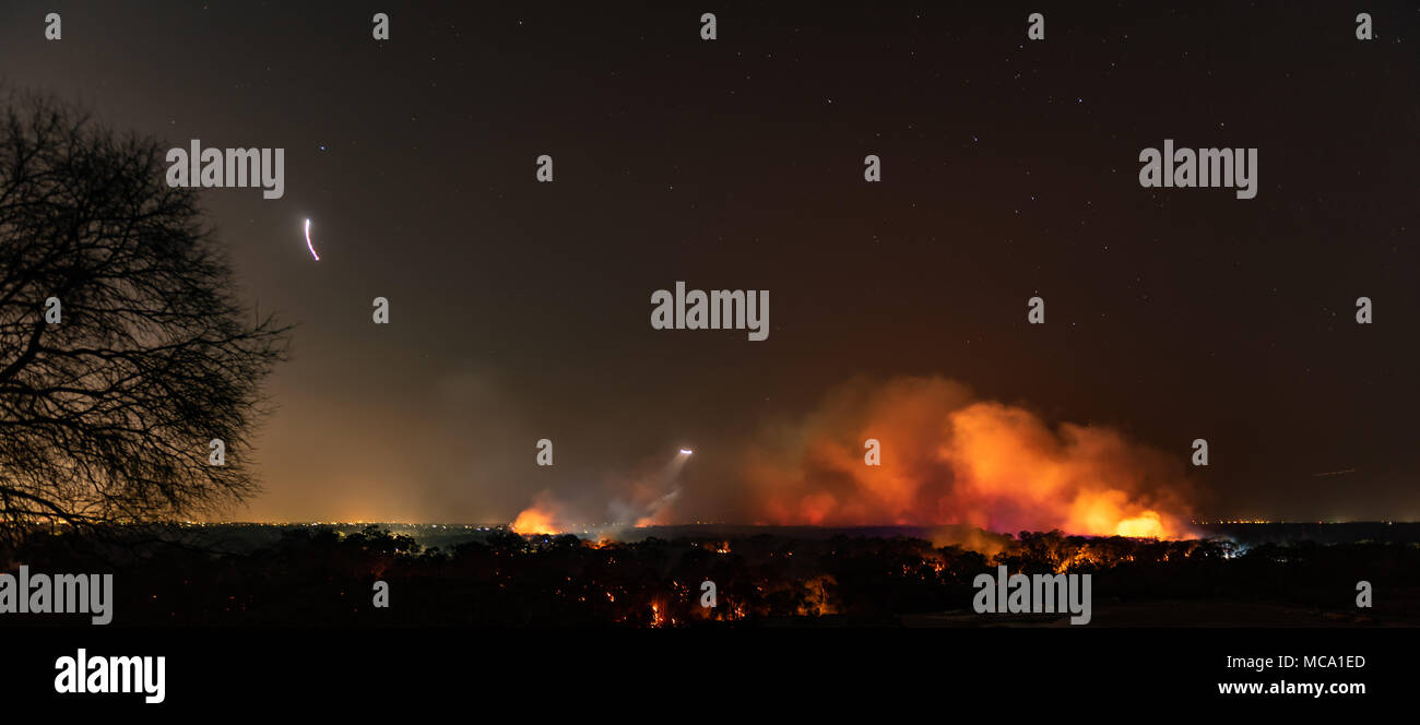 Holsworthy, Sydney, Australia, 14 April 2018.  140 firefighters battling multiple bush fires, Holsworthy, Sydney, Australia Credit: Justin Eid/Alamy Live News - Stock Image
