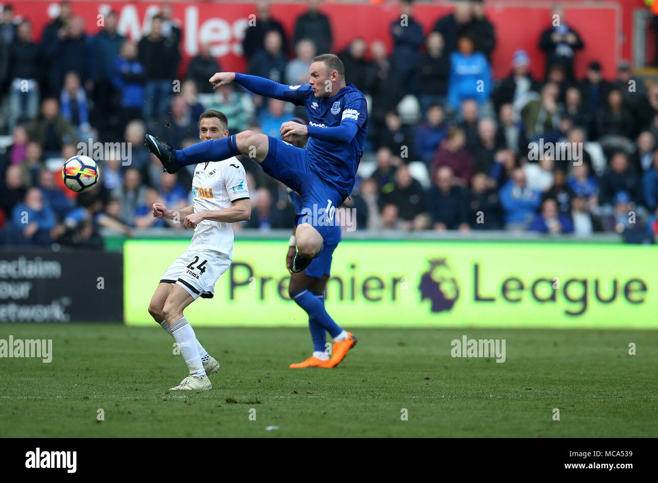 South Wales, UK, 14 April 2018. Wayne Rooney of Everton in action.  Premier League match, Swansea city v Everton at the Liberty Stadium in Swansea, South Wales on Saturday 14th April 2018.  this image may only be used for Editorial purposes. Editorial use only, license required for commercial use. No use in betting, games or a single club/league/player publications.  Credit: Andrew Orchard sports photography/Alamy Live News Stock Photo