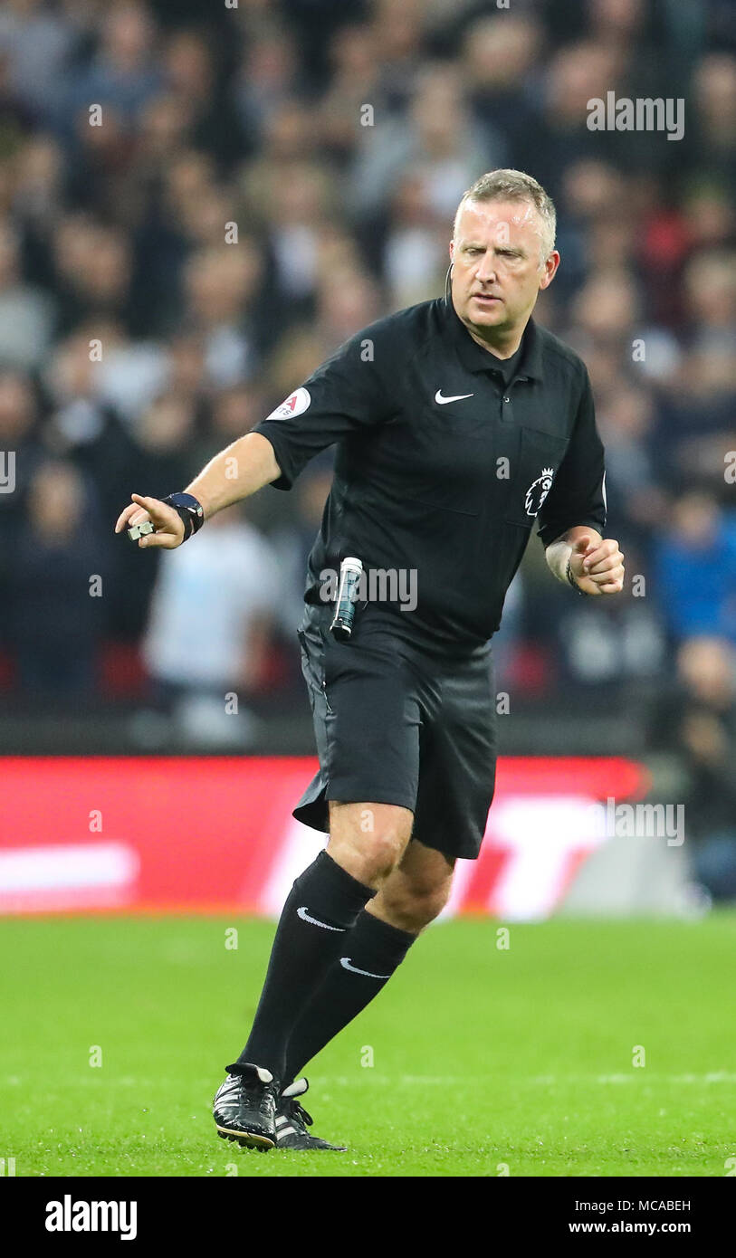 London, UK. 14th Apr, 2018. Jon Moss referees the Premier League match between Tottenham Hotspur and Manchester City at Wembley Stadium on April 14th 2018 in London, England. (Photo by John Rainford/phcimages. Credit: PHC Images/Alamy Live News Stock Photo