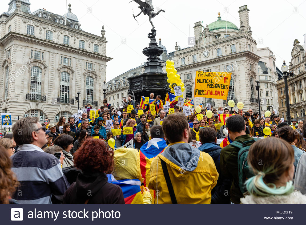 "London, England, 15th April, 2018. Catalonians gathered in London's Piccadilly to protest at what they see as Spanish repression, ""to defend the Catalan Republic, democracy and human rights"". David Nash/Alamy Live News - Stock Image"