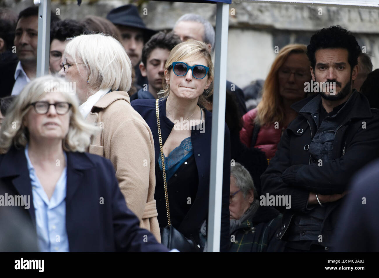 Paris, France. 12th Apr, 2018. Julie Gayet at the Jacques Higelin funeral at Père Lachaise cemetery on April 12, 2018 in Paris, France. - Stock Image