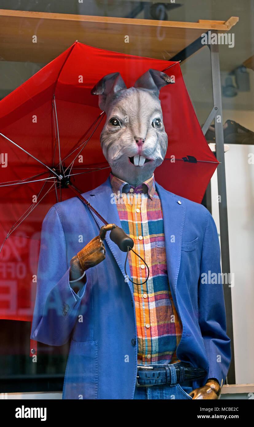 'Easter Bunny' shop window manikin. Jules B menswear store, Finkle Street, Kendal, Cumbria, England, United Kingdom, Europe. - Stock Image