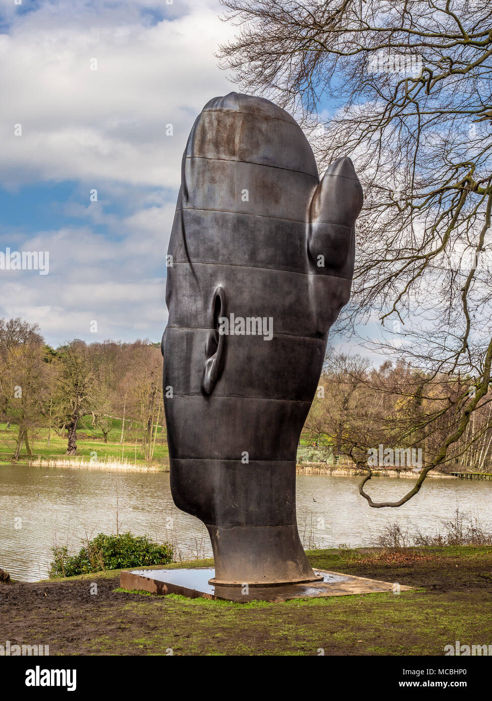 Wilsis (2016) by Jaume Plensa. A seven-metre-high cast-iron sculpture at the Yorkshire Sculpture Park. - Stock Image