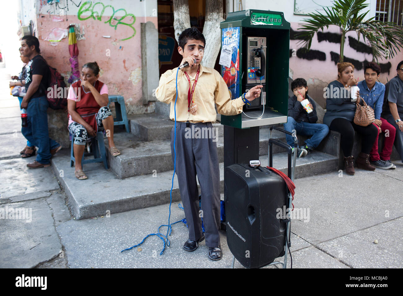 A street performer in Chilpancingo, Guerrero, Mexico on Saturday, July 25, 2015. The State of Guerrero has experienced a lot of violence, including the disappearance of 43 students last fall. - Stock Image