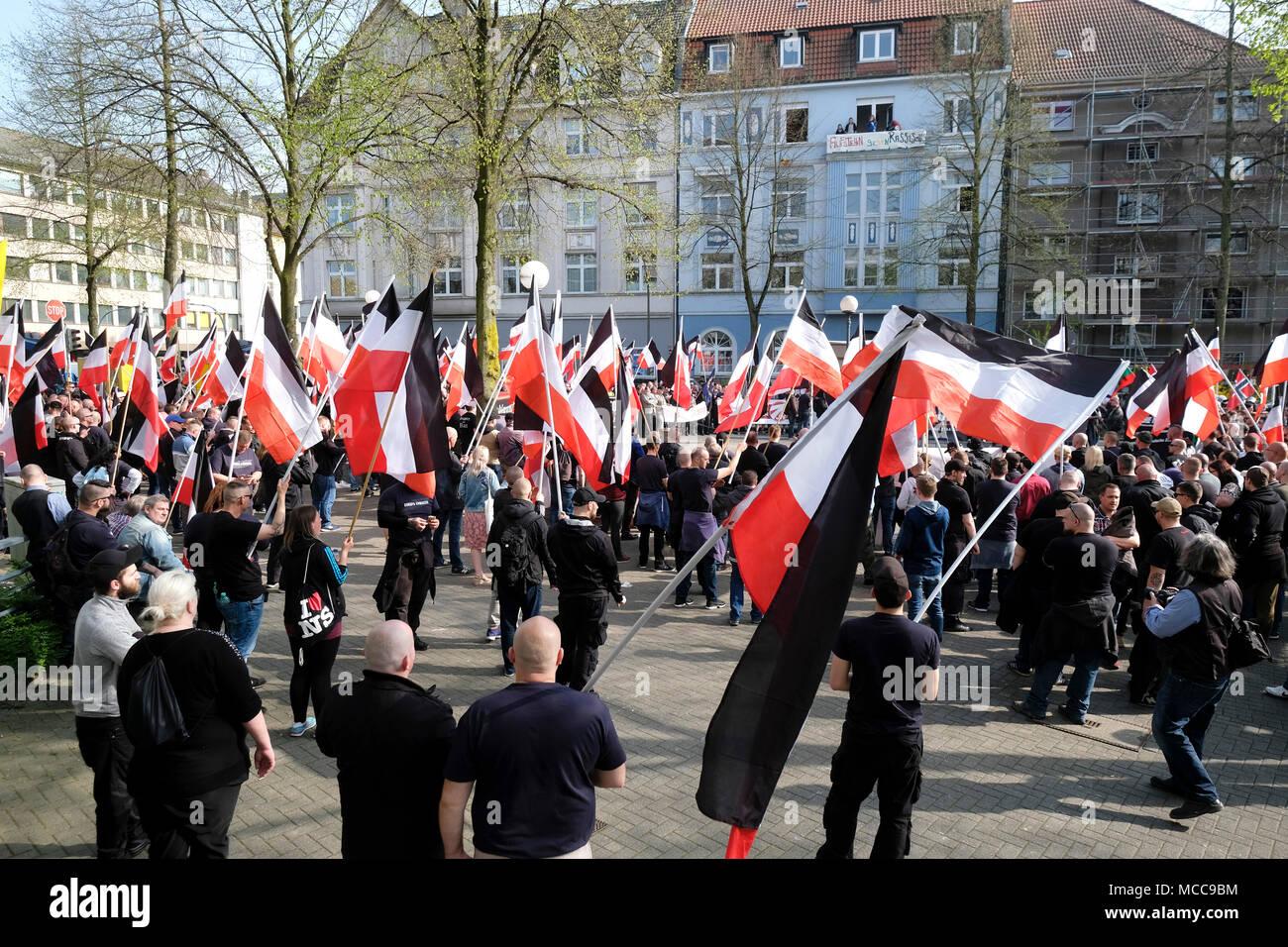 """Dortmund, April 14th 2018: Neo-Nazi march in Dortmund/Germany. Right-wing extremist parties such as the party """"Die Rechte"""" (The Rights) demanding under the heading EUROPE AWAKE a """"white Europe"""" --- Dortmund 14.04.2018: Neonazi-Demonstration in Dortmund. Rechtsextremistische Parteien wie die Dortmunder Partei """"Die Rechte"""" fordern unter der Überschrift """"EUROPA ERWACHE"""" ein """"weisses Europa"""" Stock Photo"""