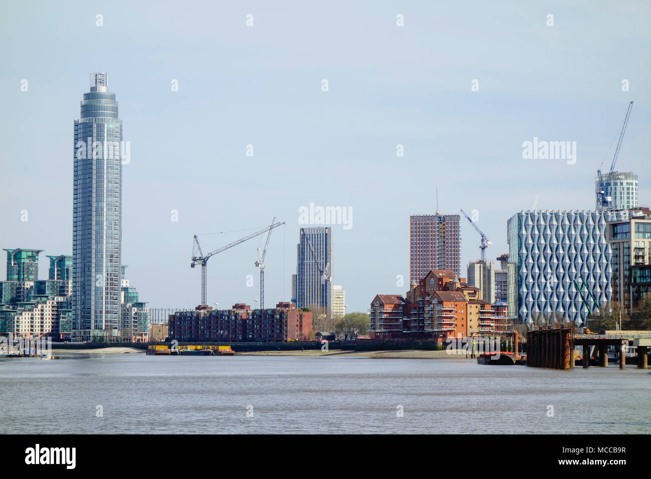 The New US Embassy Building at Nine Elms and construction, Vauxhall, London. - Stock Image