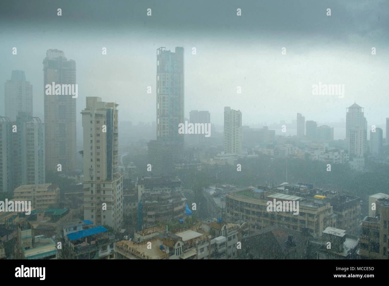 Skyline of Mumbai during heavy monsoon rain - Stock Image