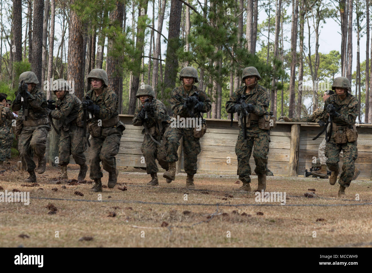 U.S. Marine Corps Recruits with platoon 4008, Papa Company, 4th ...