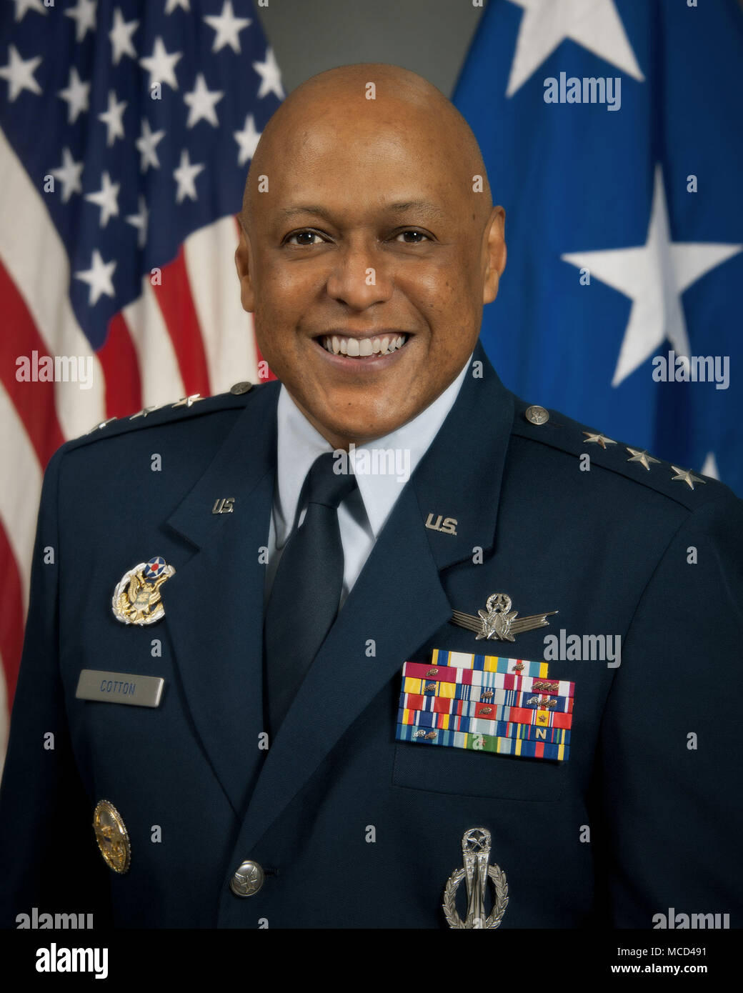 Maxwell AFB, Ala. - Official portrait of Lieutenant General Anthony Cotton, incoming Commander and President of Air University. (US Air Force photo by Melanie Rodgers Cox/Released) - Stock Image