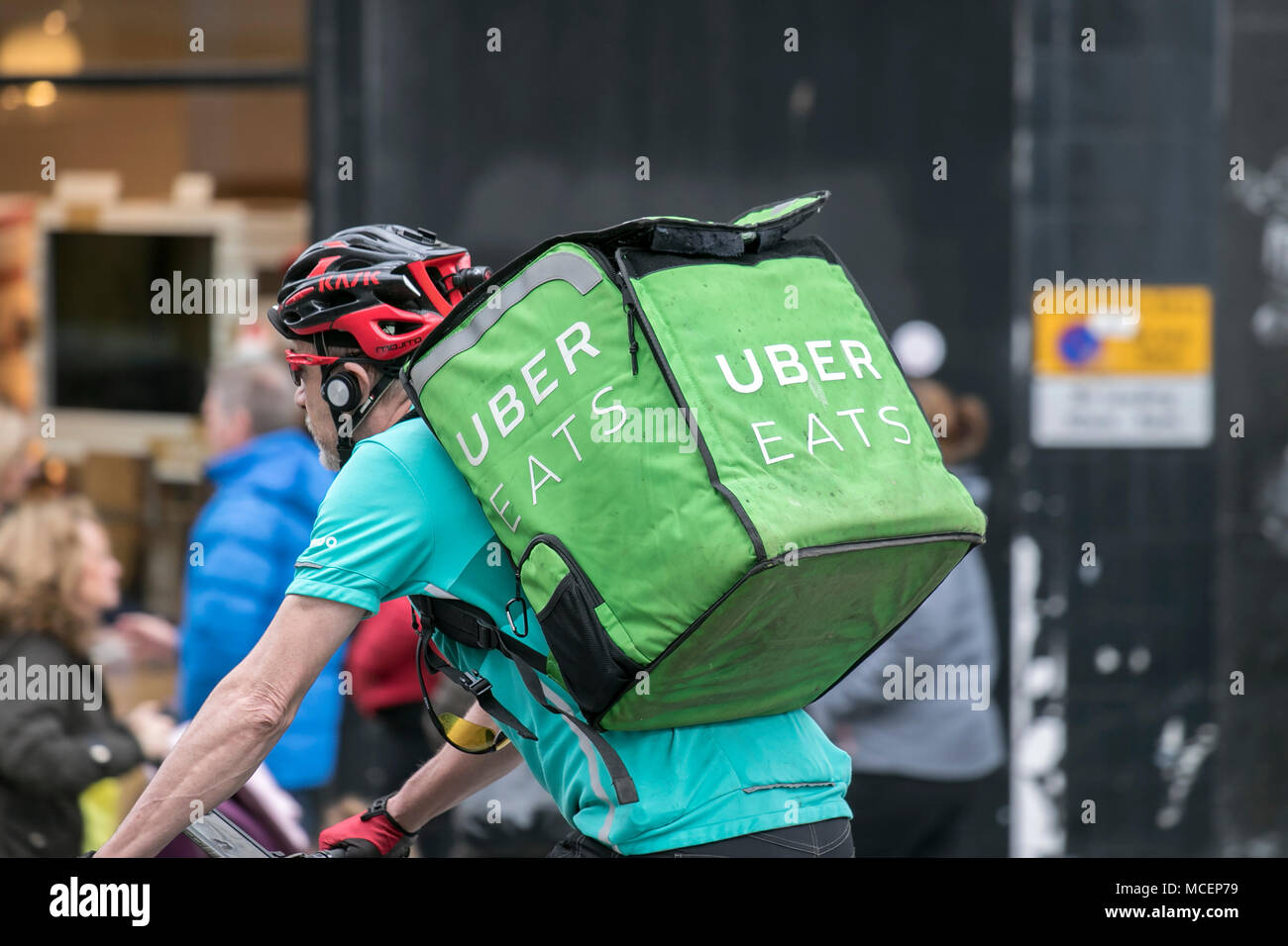 uber eats delivery boy salary in india