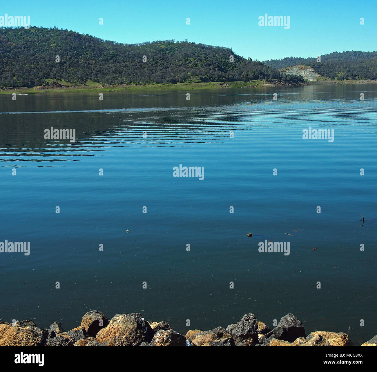 New Melones Lake, Sierra Nevada Foothills, California - Stock Image