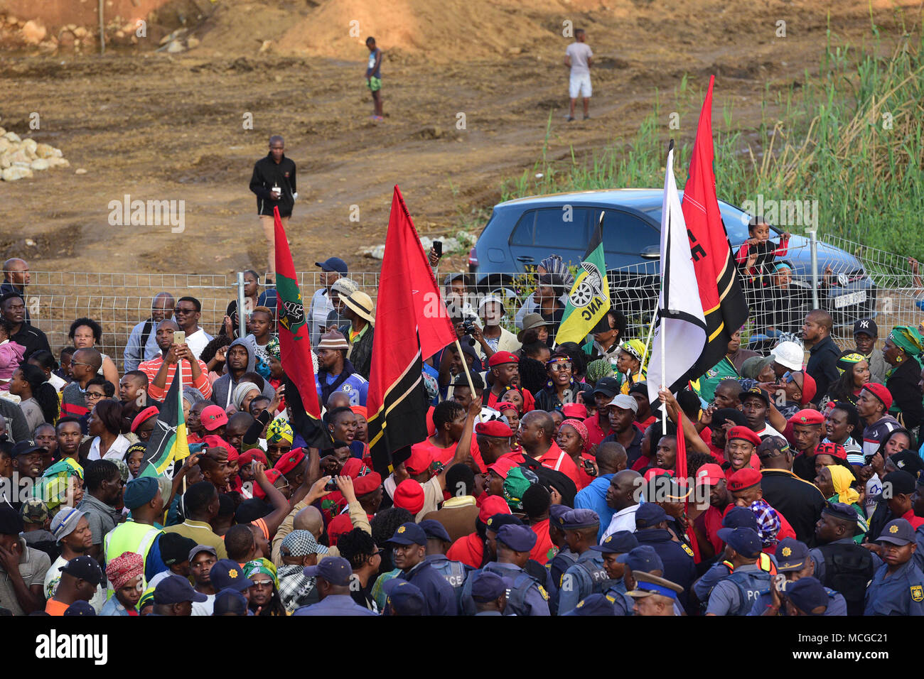 April 13 2018 Johannesburg Gauteng South Africa African Wiring A House In National Congress Anc And Economic Freedom Fighters Eff Supporters Seen Outside Late