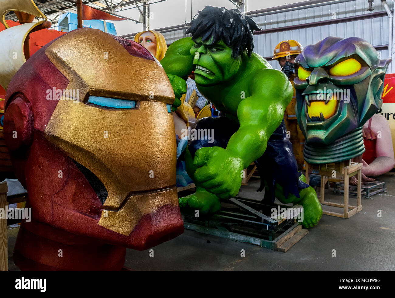 new orleans mardi gras world - superheroes hulk, iron man, green