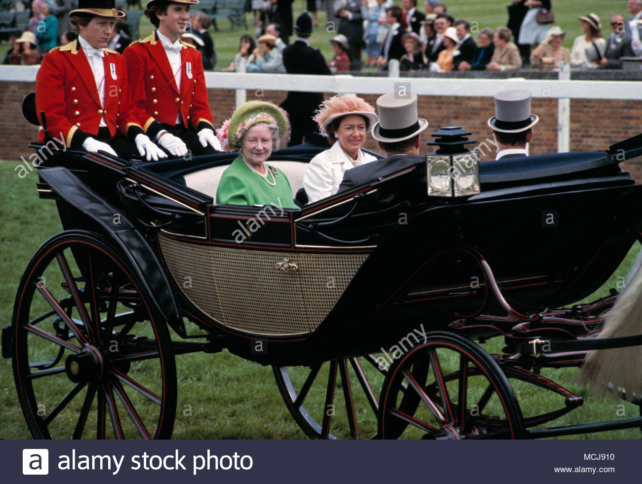 Princess Margaret and the Queen Mother riding in an open, horse-drawn carriage at Royal Ascot Racecourse on June 23rd, 1978. - Stock Image