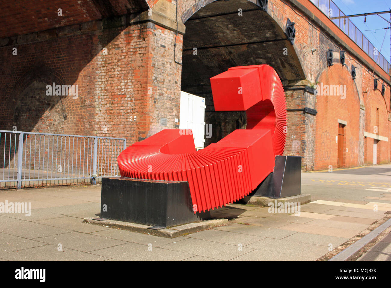 A Sculpture, The Generation of Possibilities, by Paul Frank Lewthwaite to mark the 175th anniversary of Umist in 1999. Image no 2 in a series of 5 - Stock Image