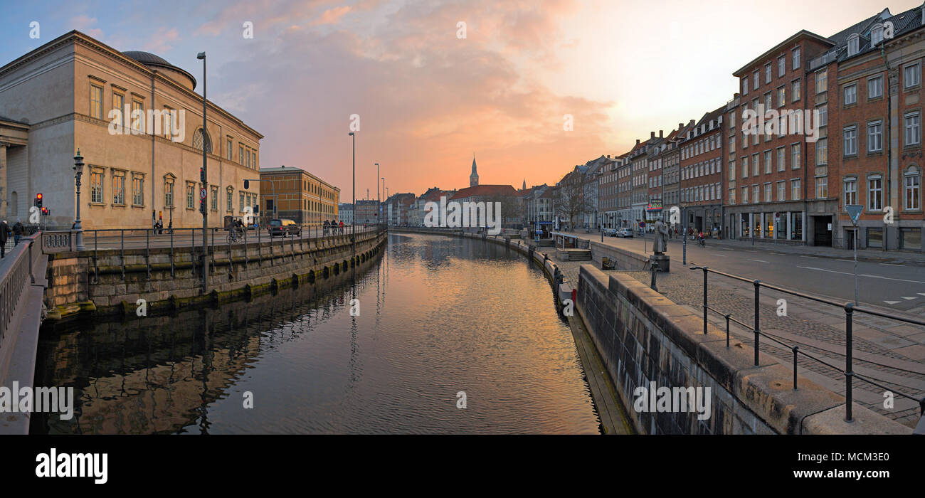nhagen, Denmark - April 9, 2008: Frederiksholms Kanal at sunset. - Stock Image