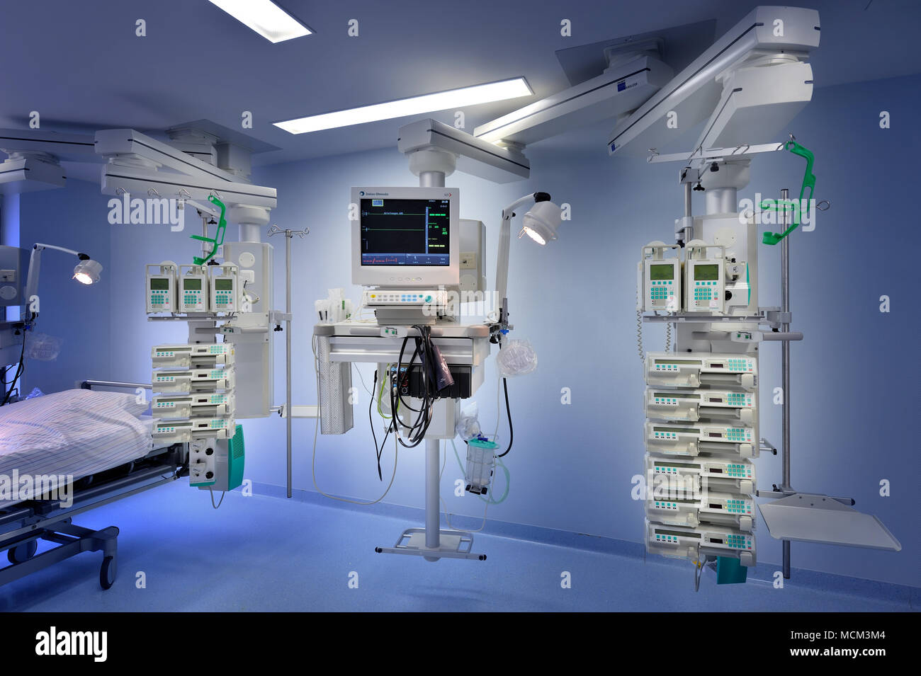 technical equipment on intensive care unit - Stock Image
