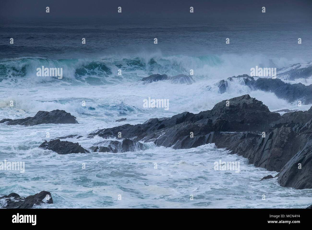 UK weather - Stormy sea conditions at Little Fistral in Newquay Cornwall. - Stock Image