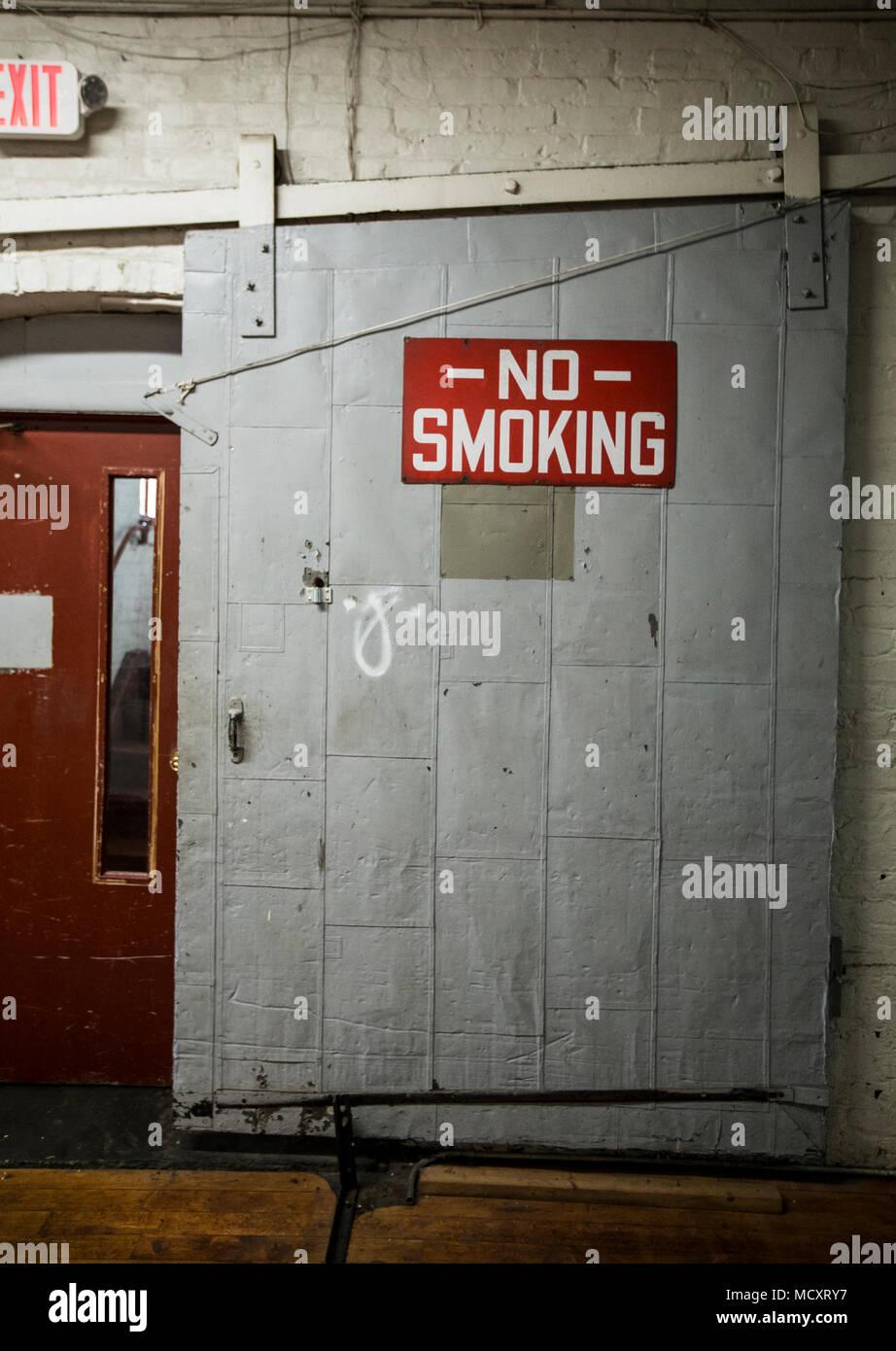 Sliding Door With A No Smoking Sign Stock Photo 180069099 Alamy