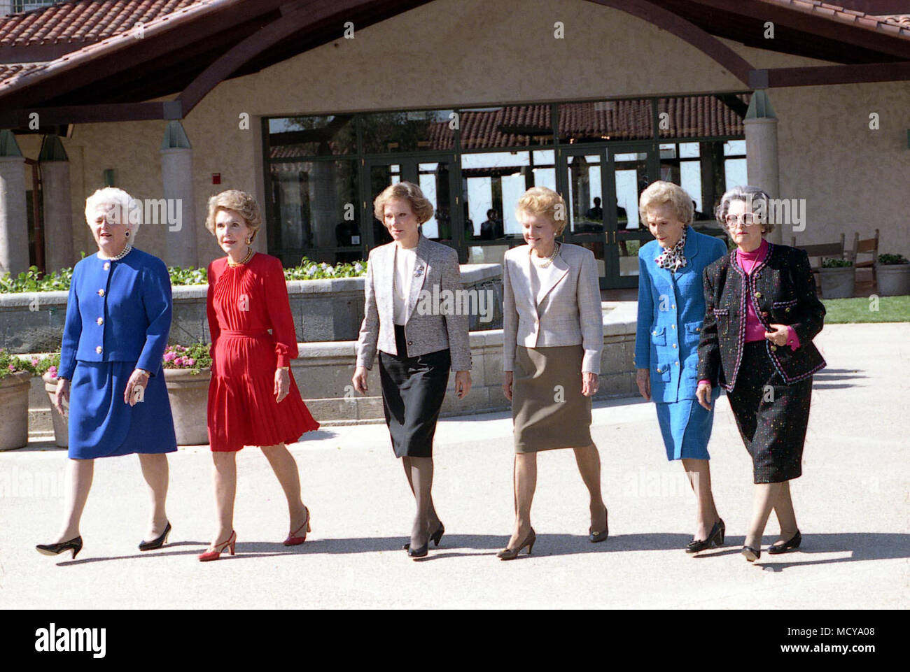 First Ladies Barbara Bush, Nancy Reagan, Rosalynn Carter, Betty Ford, Pat Nixon, and Lady Bird Johnson at Dedication of the Ronald Reagan Presidential Library, Simi Valley, CA, Stock Photo