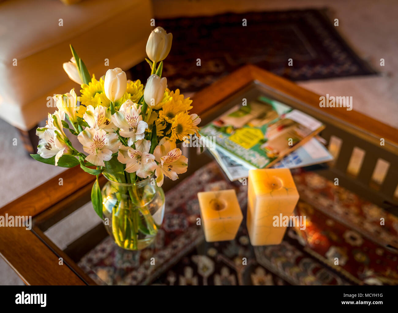 Home Interior Decor In A Warm Color Setting Flash Cut Flowers In A