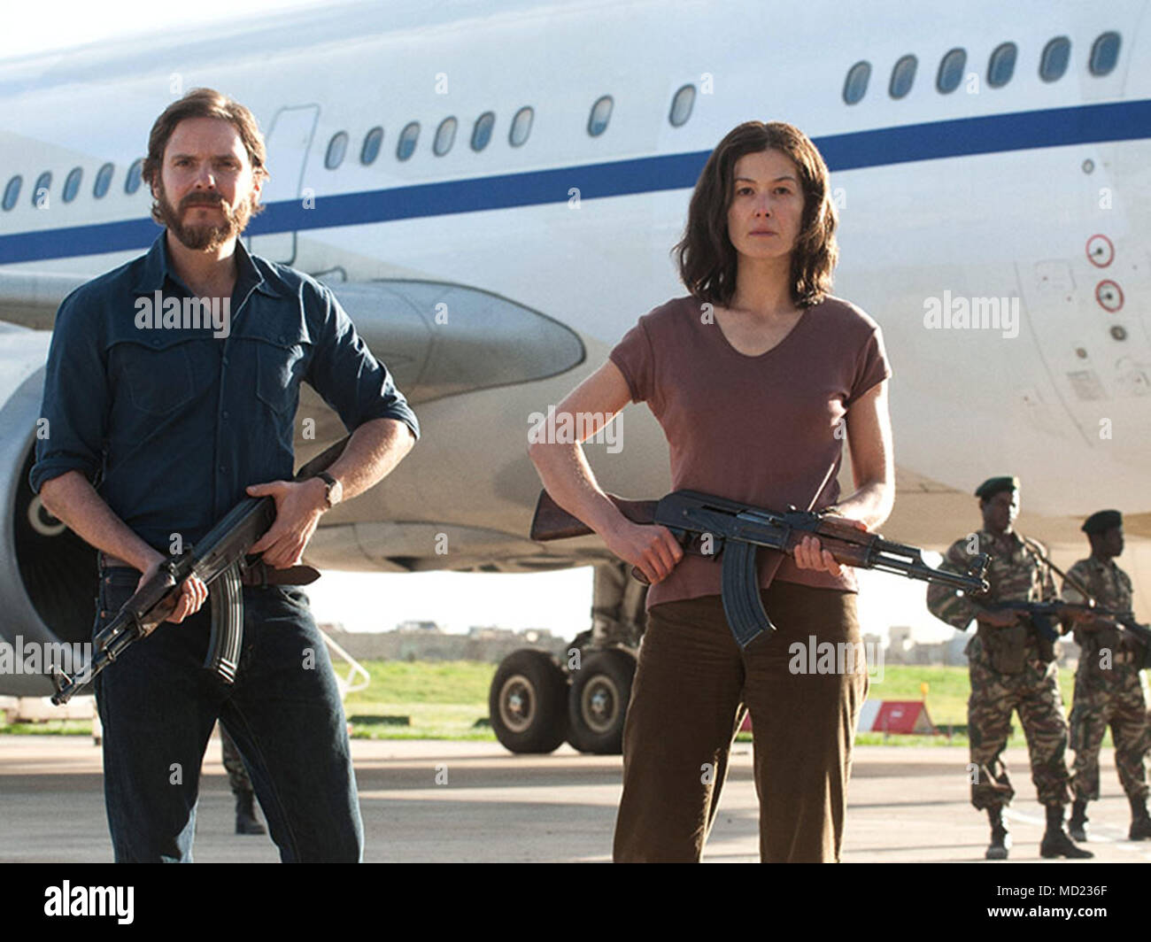 7 DAYS IN ENTEBBE (2018)  DANIEL BRUHL  ROSAMUND PIKE  JACK PADILHA (DIR)  LIAM DANIEL/FOCUS FEATURES/MOVIESTORE COLLECTION LTD - Stock Image