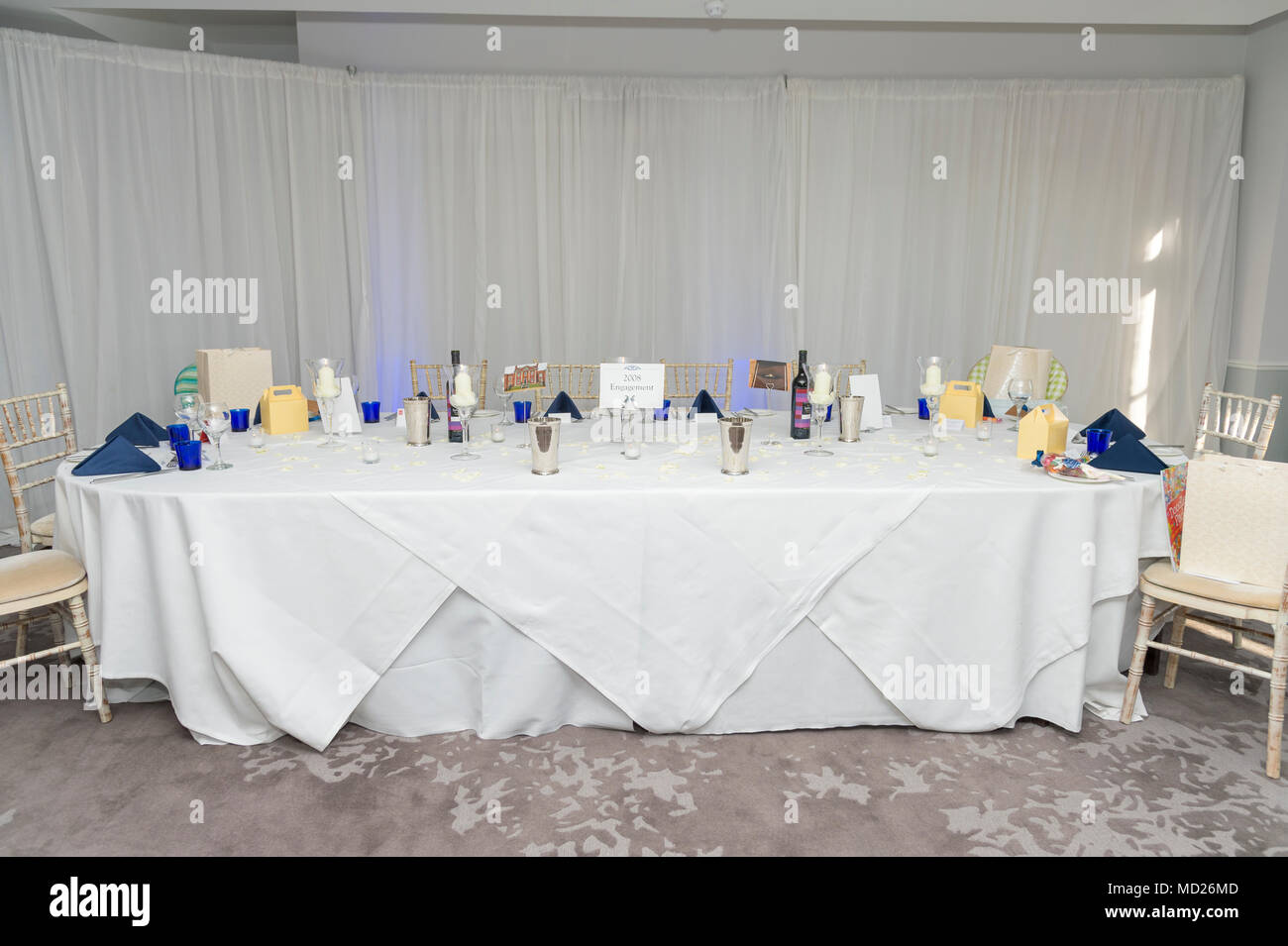 Wedding reception room tables and layout Stock Photo: 180143389 - Alamy