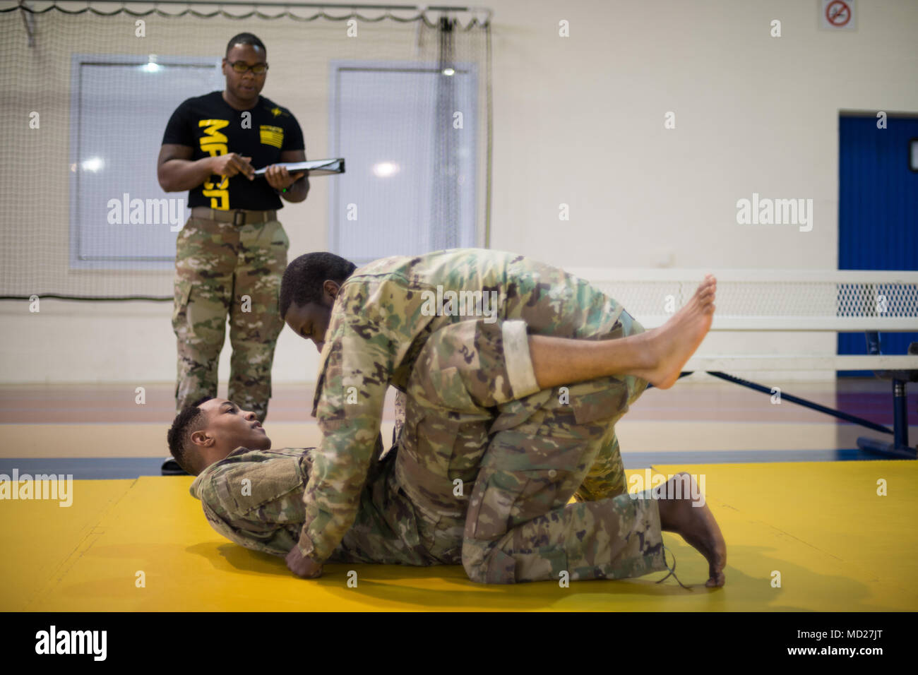 Henry Pierre Stock Photos Images Page 2 Alamy Md Agen Master Us Army Staff Sgt Ernest Galloway Combatives Trainer Rates Spc Mohamed Toure