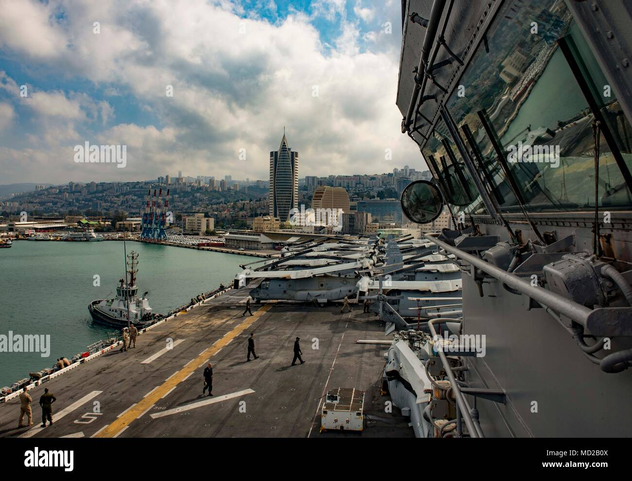 180314-N-JS726-0016 HAIFA, Israel (March 14, 2018) The Wasp-class amphibious assault ship USS Iwo Jima (LHD 7) arrives in Haifa, Israel. Iwo Jima is homeported in Mayport, Fla., and is conducting naval operations in the U.S. 6th Fleet area of operations. (U.S. Navy photo by Mass Communication Specialist 1st Class David Holmes/Released) Stock Photo