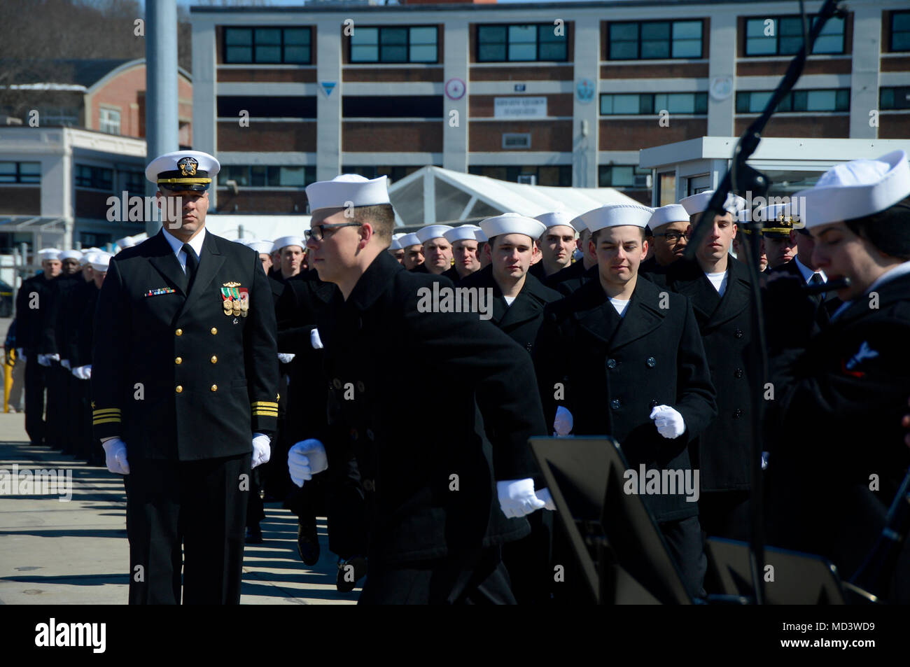 GROTON, Conn. (March 17, 2018) Annie Mabus announces 'Bring the Ship to Life' spurring its crew members to race accross the brown and fall in formation aboard USS Colorado (SSN 788) during the commissioning ceremony on Naval Submarine Base New London.  Colorado is the U.S. Navy's 15th Virginia-class attack submarine and the second ship fourth ship named for the State of Colorado.  (U.S. Navy photo by Mass Communication Specialist 1st Class Jeffrey M. Richardson/Released) - Stock Image