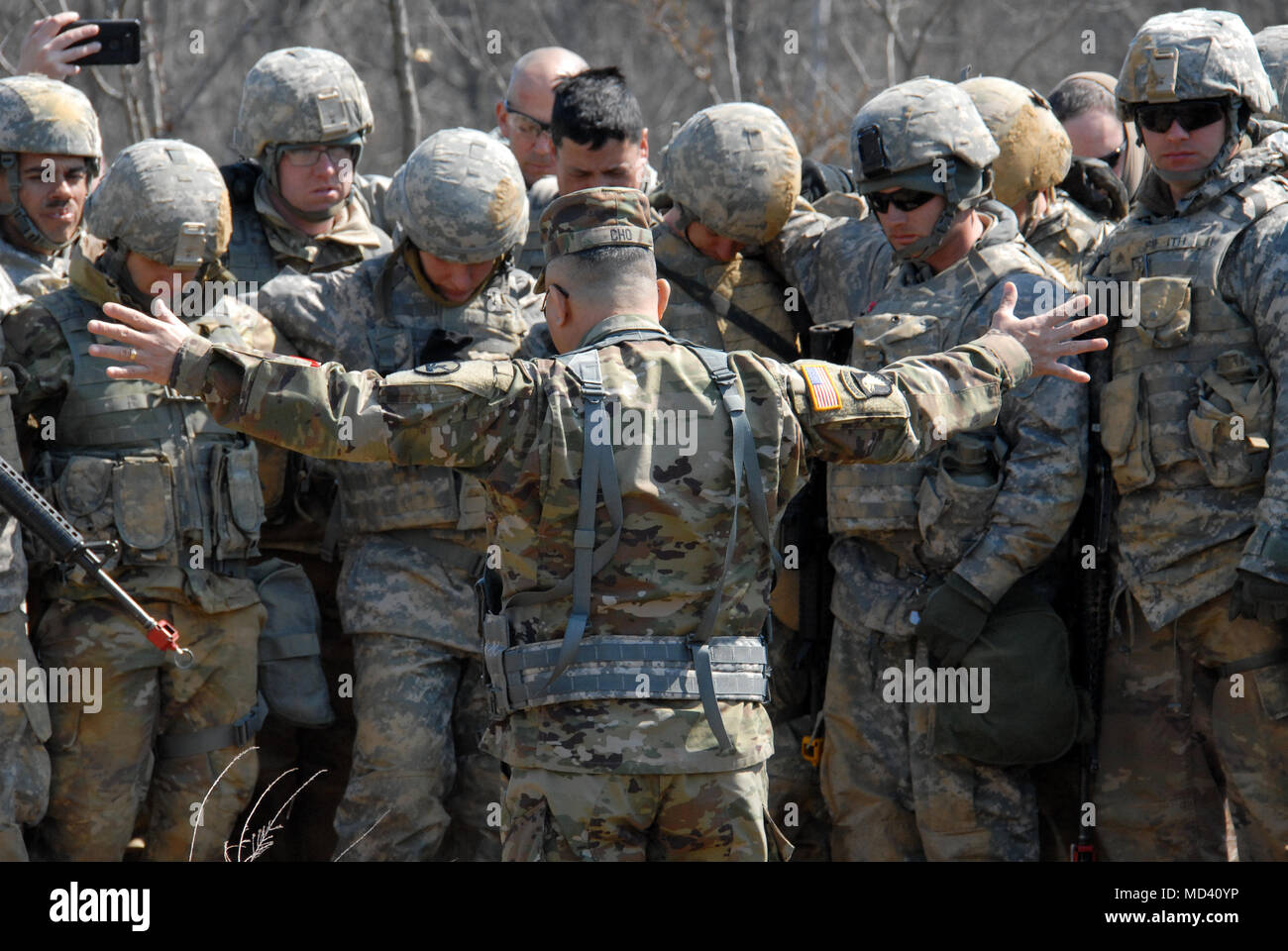Daniel Cho 78th Training Division Leads Participants Of Combat Support Exercise CSTX 78 18 03 In Prayer Before They Begin Movement Under Fire