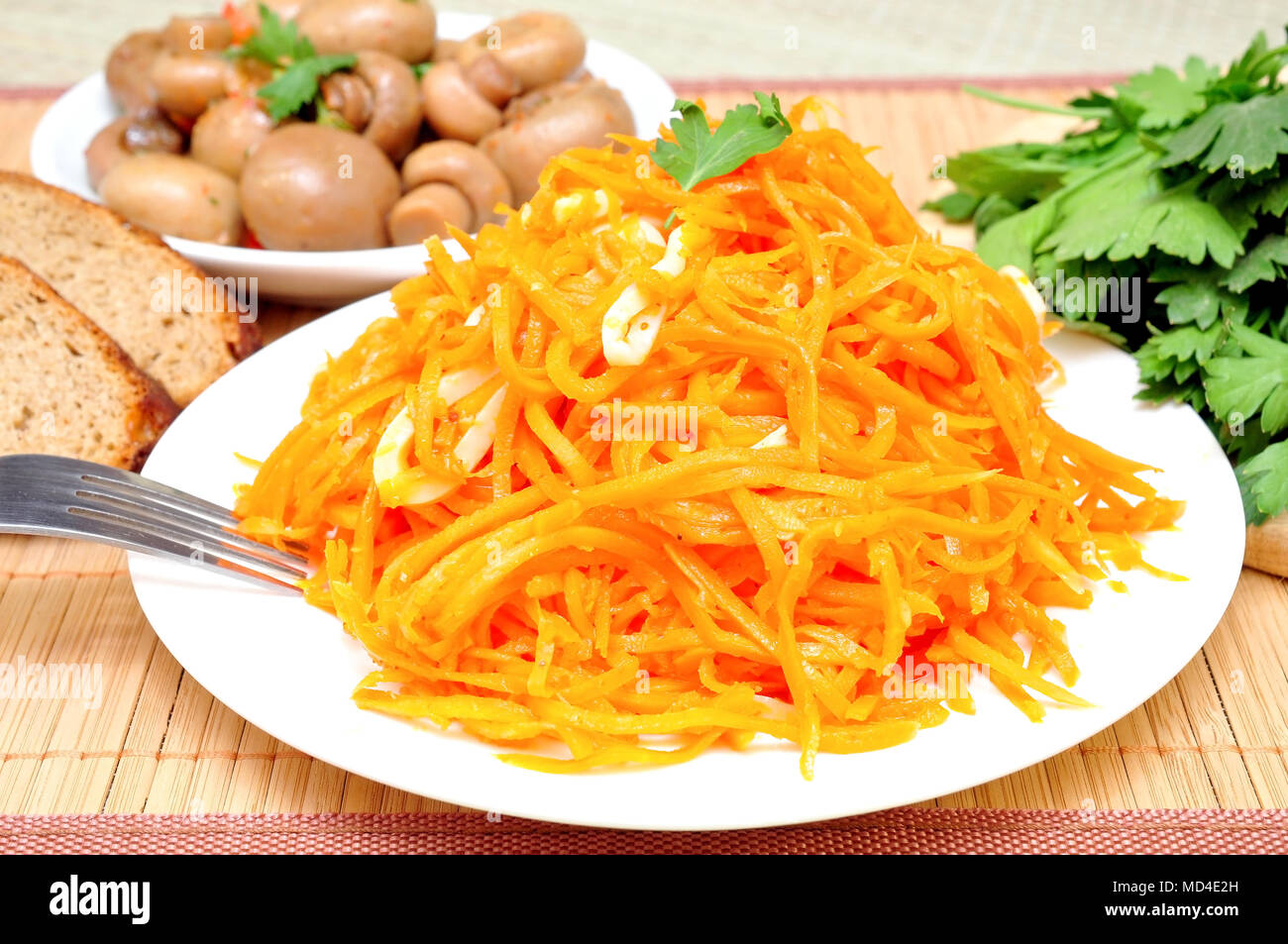 Salad Recipes with Squid and Korean Carrots 70